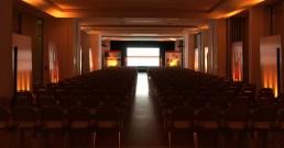 Sala Michelangelo del Rome Cavalieri, Waldorf Astoria Hotels & Resorts allestita per convention Clarins Roma