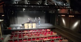 Installazione luci DTS Lighting sul palco Zelig cabaret by Team B-Happy