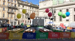 Montaggio audio, video, luci B-Happy in Piazza Carlo Alberto a Torino