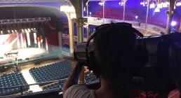 Puntatore luci B-Happy sul palco del Teatro Il Rossetti di Trieste per la serata I Nostri Angeli 2017