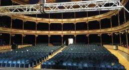 Teatro Il Rossetti di Trieste con americana