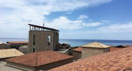 Vista dal tetto del Westin Resort Costa Navarino in Grecia