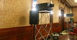 Proiettori Barco nella Sala cristalli dell'Hotel Principe di Savoia a Milano_B-Happy