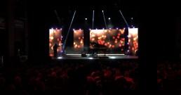 Raphael Gualazzi sul palco del Teatro Il Rossetti di Trieste per serata I Nostri Angeli 2018
